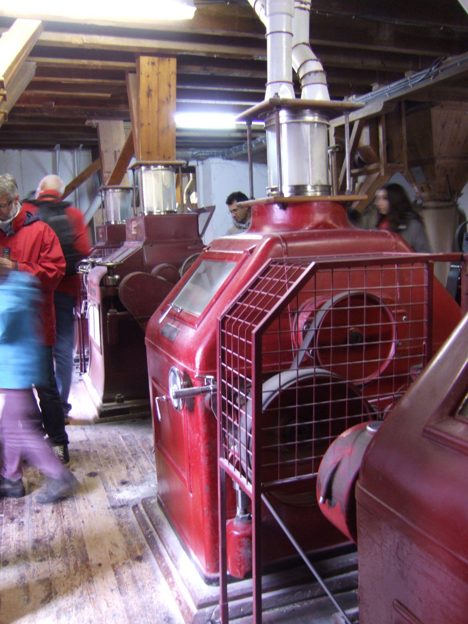 Les broyeurs, machines à cylindres des années 30